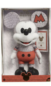 Disney-Year-Of-The-Mouse-Plush-October-Mouseketeer-Mickey-Brand-New-In-Hand