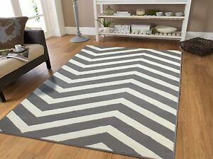 Large 8x10 Courtyard Grey White Zigzag Area Rug Chevron