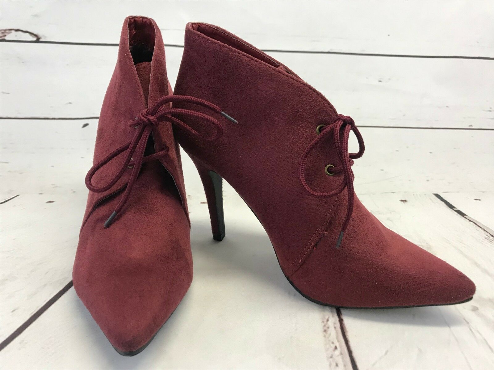 1a56a18cca22a Ollio Womens Heel Ankle shoes Lace Faux Suede Burgundy Boots Sz 7 1 ...