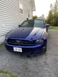 2014 Ford Mustang Convertible V6