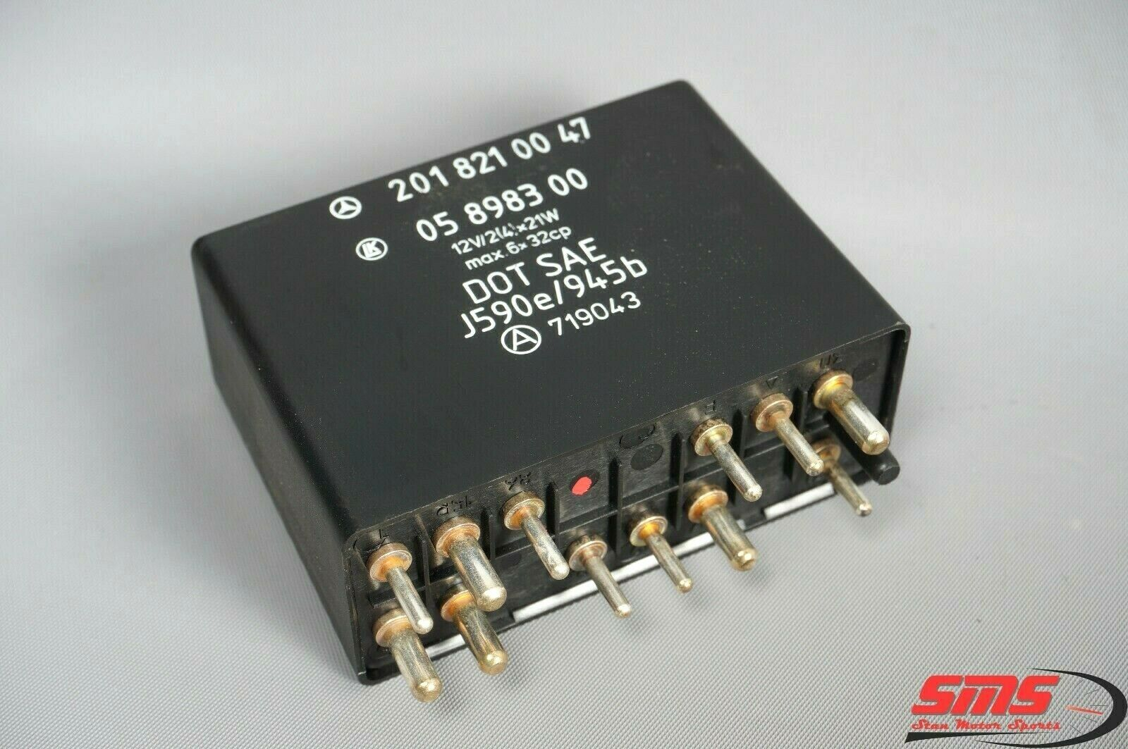 40 40 Mercedes W40 40SE 40E 40SEL 40E Flasher Hazard Turn Signal Relay  OEM