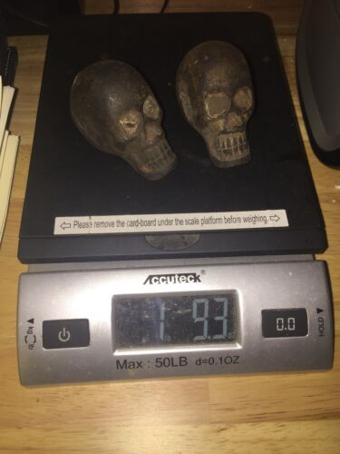 x2 Solid Metal Cast Iron Skulls Set Lot Rose McCoy Patina Vintage Style Vg//Ex