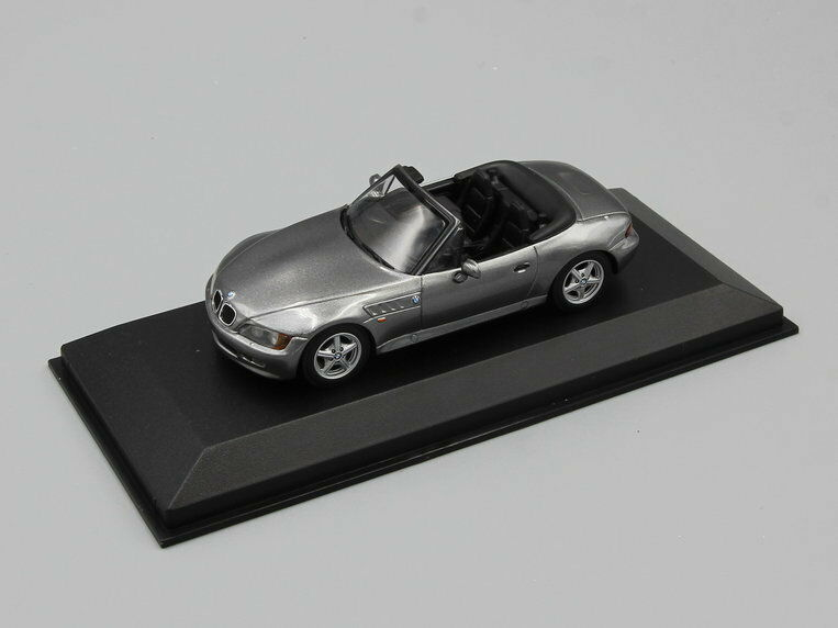 Minichamps 1 43 BMW Z3  1997 grey 940024330 - MAXICHAMPS