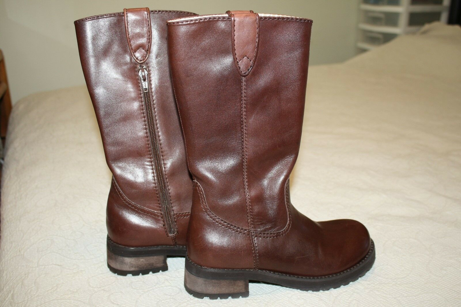 Brown Leather Boots Zipper Size 6 1 2 M Steve Madden 1 1 2 heels