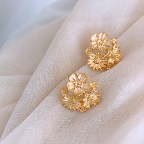 Boucles d/'Oreilles CLIP ON Doré Mat Fleur Chrysanthème Metal Retro J15
