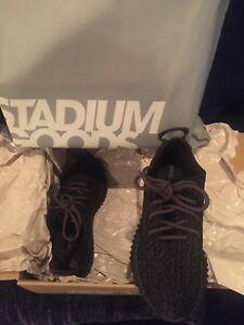 8d1629205 ADIDAS YEEZY BOOST 350 PIRATE BLACK MENS SIZE 5 WOMENS SIZE 7 100 ...