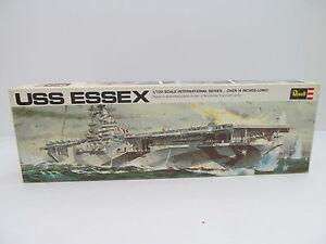 MES-44796-Revell-H-488-1-720-USS-Essex-Bausatz-geoeffnet-augenscheinlich-komplett