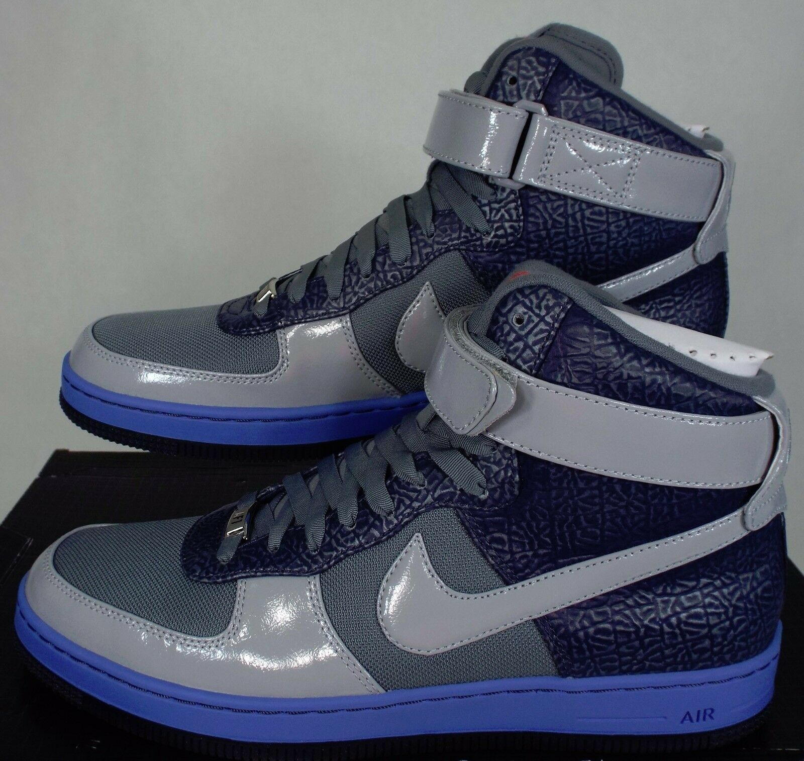 New Downtown Hommes 9.5 NIKE AF1 Downtown New HI Gris Navy Basketball Chaussures  145 574887-001 037bda