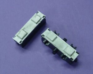 HO-HOn3-WISEMAN-ROUNDHOUSE-SHAY-PARTS-MDC-07-2-TRUCK-BOTTOM-AXLE-RETAINER-PLATES