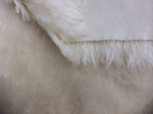 NEWF1//4m 52mm pile medium dense  /'NATURAL/' mohair
