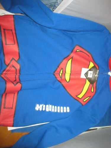"NWT Superman NWT Boy/'s Full Zip Sweatshirt Hoodie Jacket w// Detachable /""S/"" Cape"