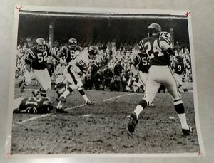1968 NFL FOOTBALL GIANTS VS EAGLES ACTION RUNNING ERNIE KOY WIRE PRESS PHOTO