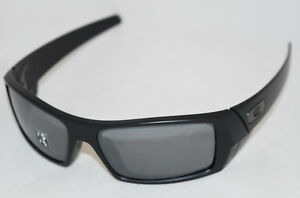 9617c808e90 NEW IN BOX  OAKLEY GASCAN 12-856 MATTE BLACK W  BLACK IRIDIUM ...
