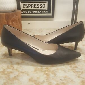 e08baa14438 Louise et Cie Black leather Jacoba pumps low kitten heel US 7 1 2 ...