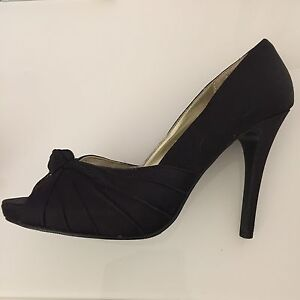 ladies size 5 newlook heels