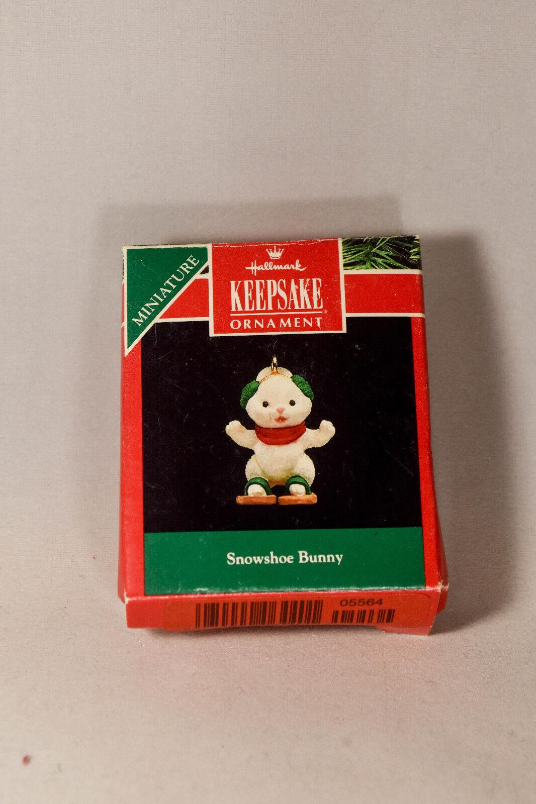 "Hallmark /""Snowshoe Bunny/"" Miniature Cat Ornament 1992"