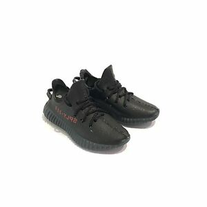 ca5d686596beb madxo  3D mini sneaker YEE ZY BOOST 350 V2 BRED 1 6 action figure ...