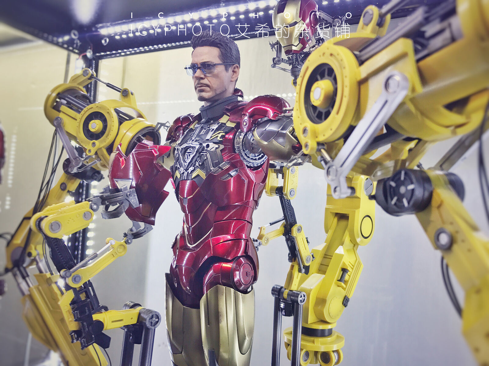 Entrega gratuita y rápida disponible. Shinsei Shinsei Shinsei industria 1 6 armadura Base Para Hombre De Hierro Con Control Remoto LED En Stock  tienda en linea