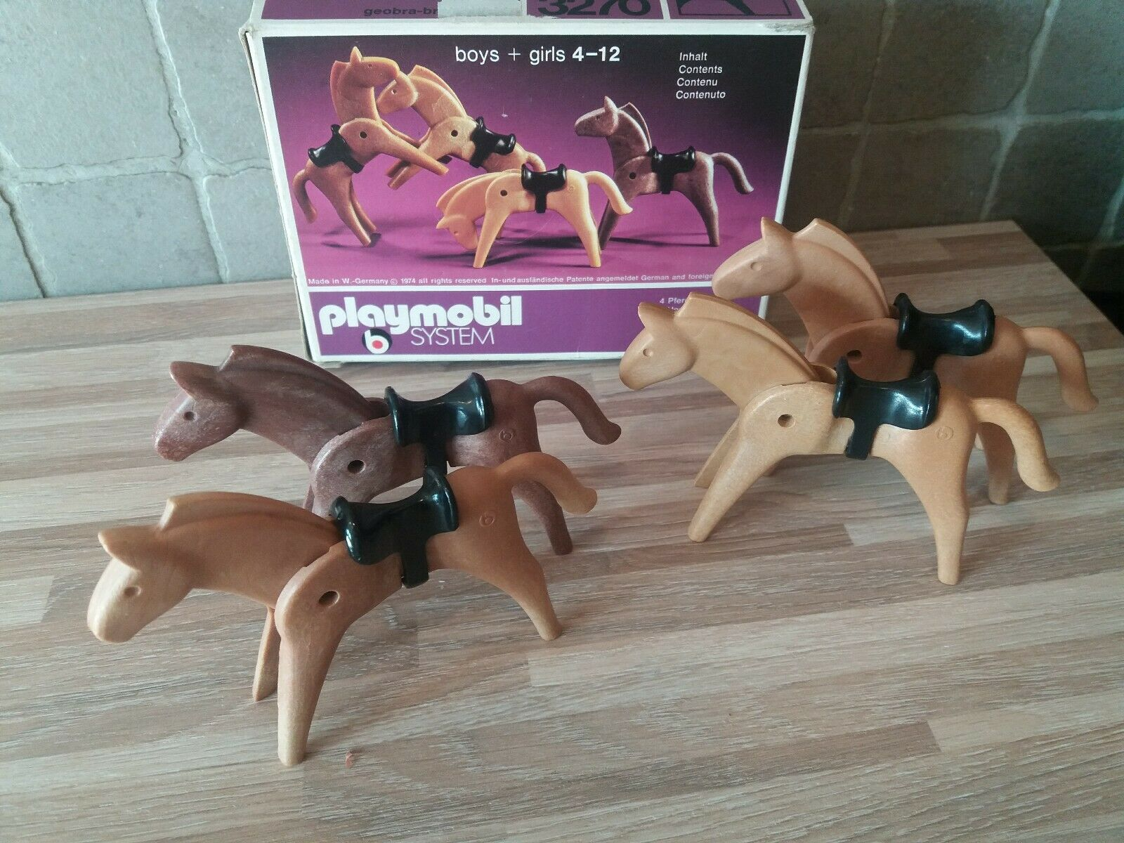 Playmobil Jahr 3270   les chevaux Western