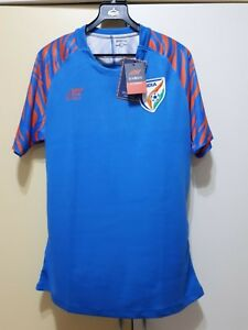 official photos 62fbf f9632 Details about India National Football Team Home Jersey 2018, BNWT, India  Football Soccer