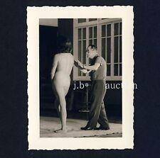 ARTIST & NUDE MODEL / KÜNSTLER & AKT MODELL * Vintage 30s Amateur Photo