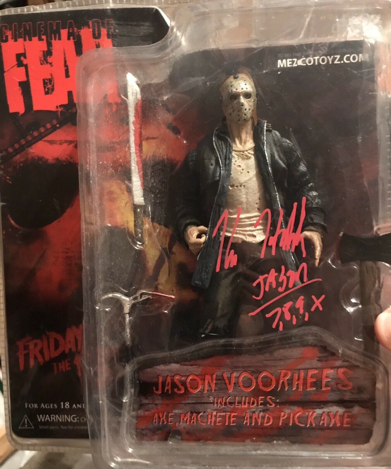 Kane Hodder firmado MEZCO Cine Del Miedo Figura De Jason Voorhees Friday The 13TH