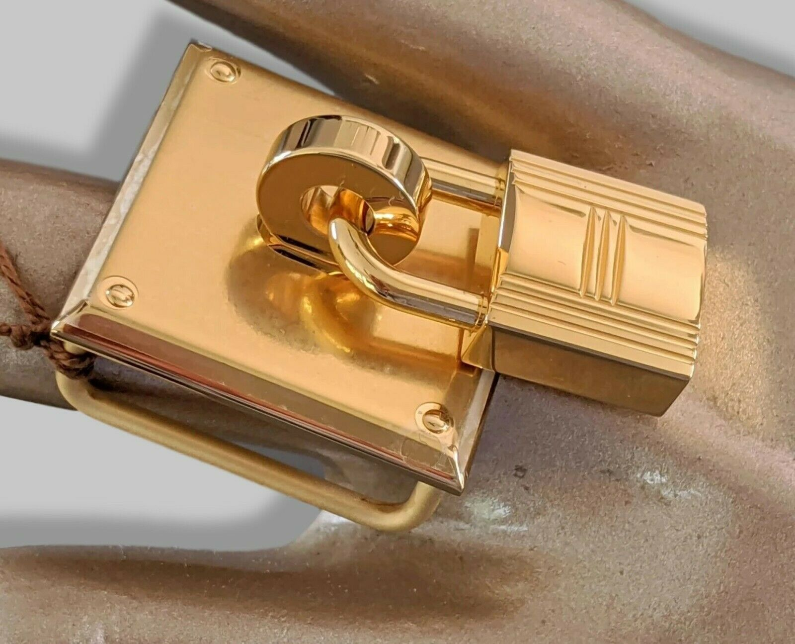 Hermes Luxurious Plated Gold TRESOR Buckle 24 mm RARE, New with Pochette!