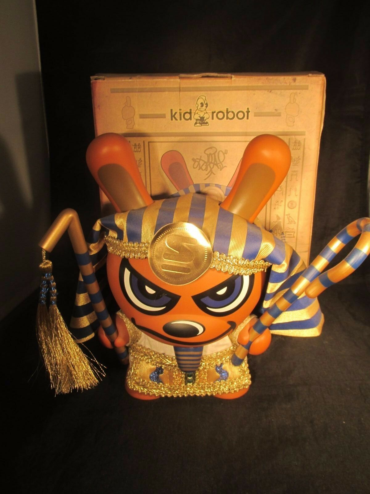 KIDROBOT DUNNY 8  SKET ONE King Tut gold Excellent Condition bluee 2006