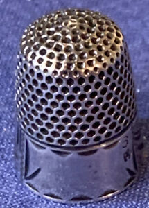 Sterling-Thimble-Crown-Mark-Size-6-Monogram-Space