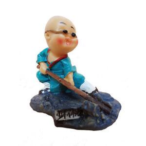 Statuette-figurine-chinoise-petit-bouddha-Kung-Fu