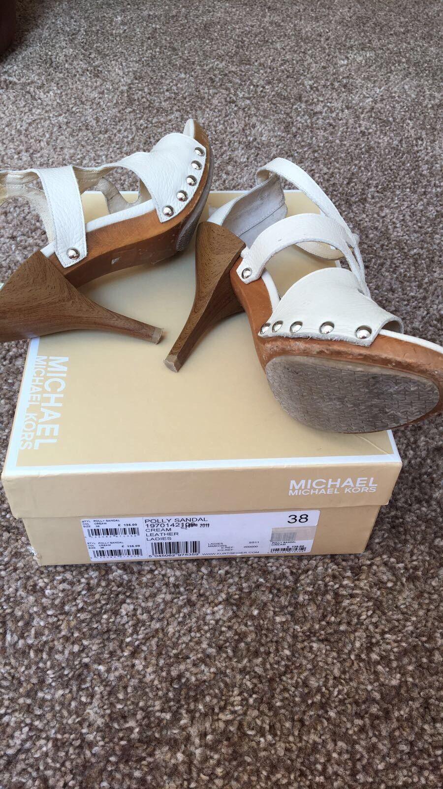Micheal donna Kors Shoes,Gli stivali da donna Micheal classici sono popolari, economici e hanno dimensioni 875723