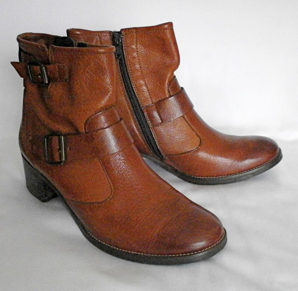 PAUL GREEN Women's MUNICH Brown Leather Ankle Boots Handmade Size 7 U.S. ()
