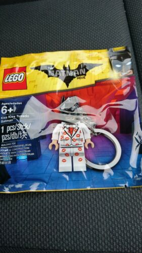 Lego The Batman Movie kiss kiss tuxedo Batman keyring polybag 5004928 NEW SEALED