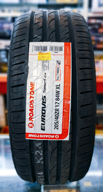 Brand new 205/40ZR17 ROADSTONE TYRES