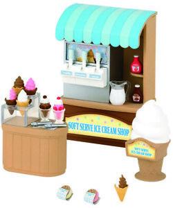 Sylvanian-Families-Soft-Serve-Ice-Cream-Shop