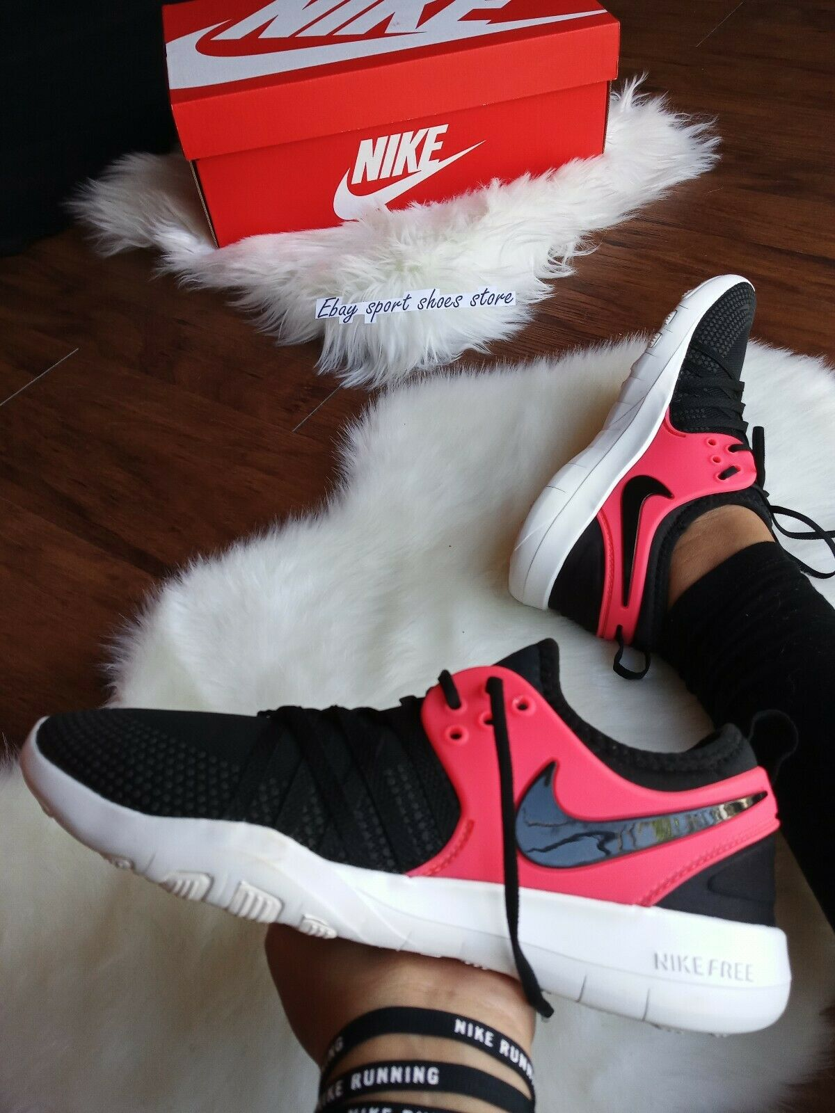Size 10 WOMEN'S Nike air max free tr running casual shoes Black pink 011