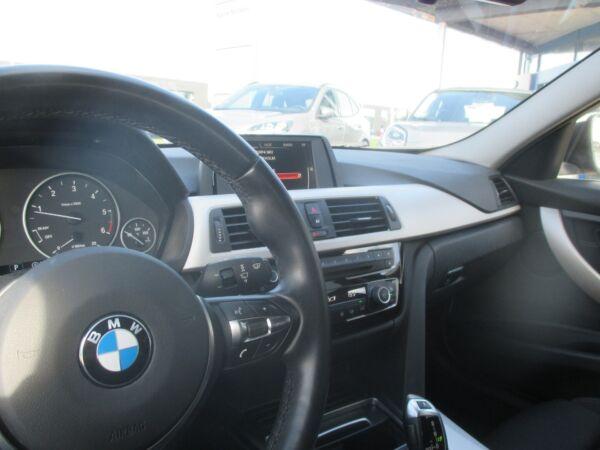 BMW 320d 2,0 Touring aut. billede 12
