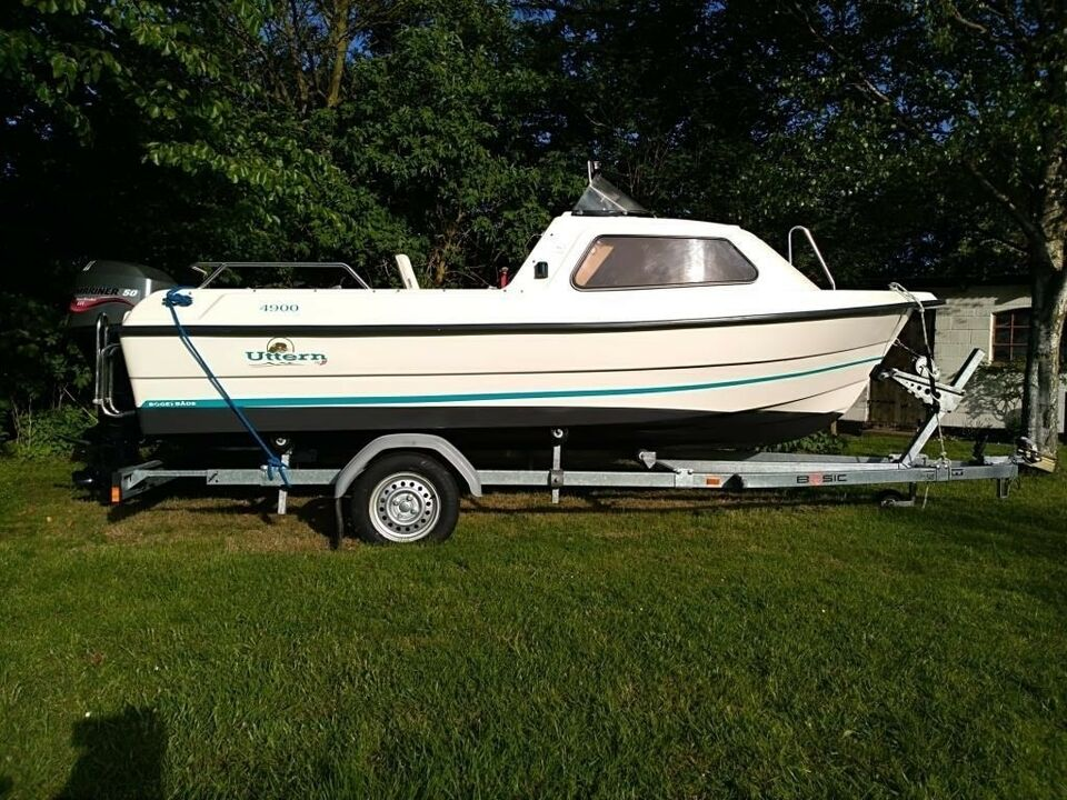 Uttern 4900, Motorbåd, årg. 2004