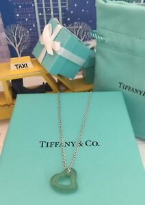 62a1f4cb83744 Details about Tiffany Co Open Heart Green Gemstone Silver Necklace 16
