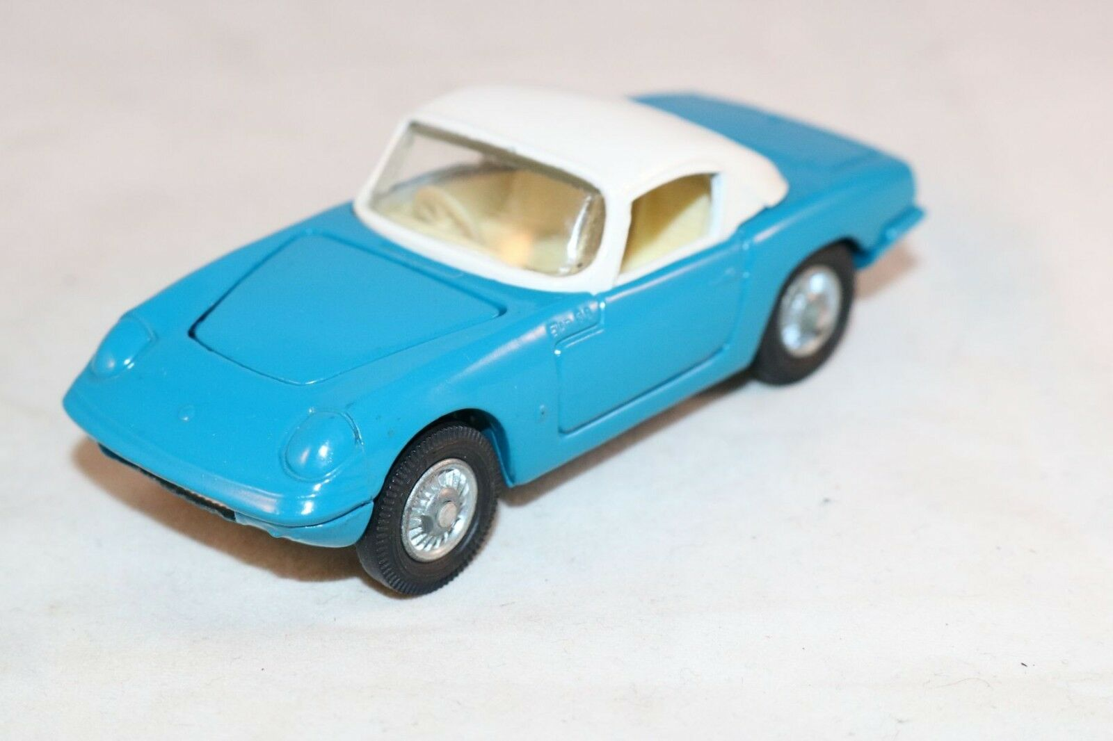 Corgi Toys 319 Lotus Elan Coupe with detachable chassis perfect mint