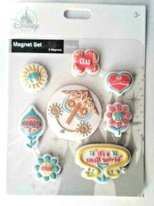 Disneys It/'s a Small World Magnet NEW