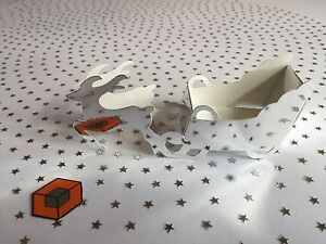 10-x-REINDEER-amp-SLEIGH-Christmas-Dinner-Favour-Boxes-MIRROR-SILVER