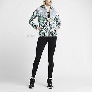 pick up elegant shoes low price sale Détails sur Nike Femmes Tech Hyperfuse Veste Coupe Vent XS M Aqua Bleu Noir  Blanc Neuf