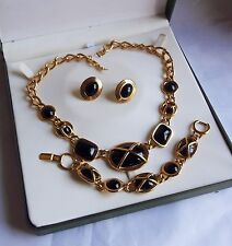 Stunning Gold Plated Cabochon Jewellery Set Signed Napier (2845)