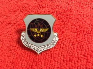 Details about US AIR FORCE MILITARY AIRLIFT COMMAND HAT PIN