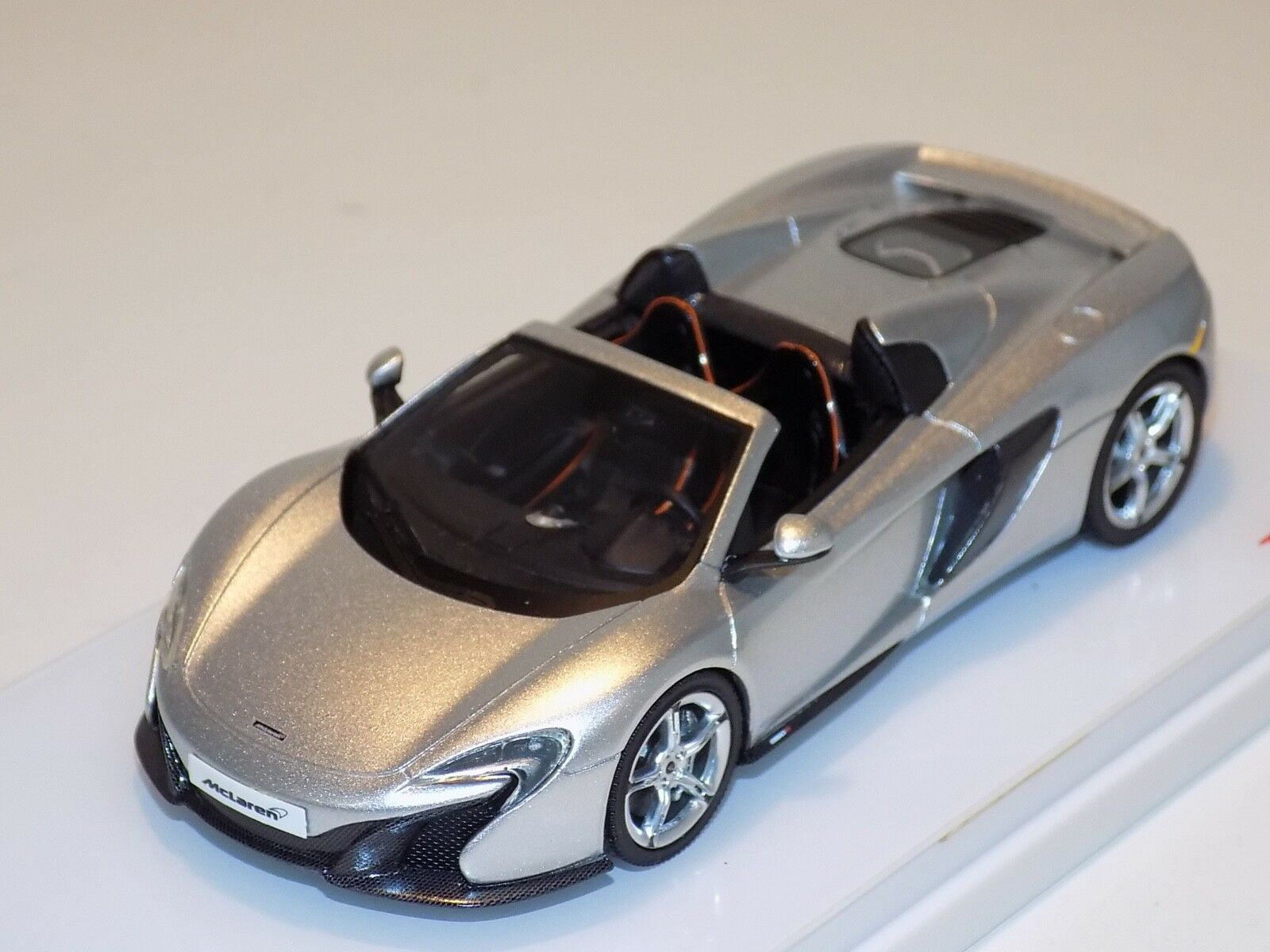 1 43 True Scale TSM McLaren 650 S Araña en argento de 2015 LHD TSM144361