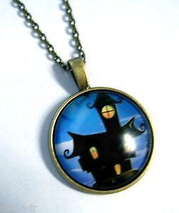 à Condition De Médaillon Vintage + Chaine Collier Bronze Halloween/ Medallion + Chain Necklace Gagner Une Grande Admiration Et On Fait Largement Confiance à La Maison Et à L'éTranger.