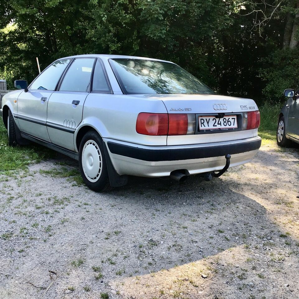 Audi 80, 2,0 E, Benzin