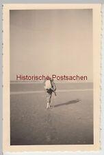 "(F10605) Orig. Foto Süddorf auf Amrum, Paar ""Dicks u. Pieps"" am Strand 1939"