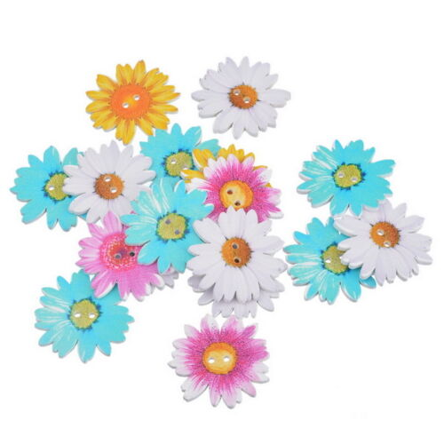 W09 20PCs Wood Buttons 2 Holes Flower Daisy Sewing Scrapbooking 3.4x3.4cm